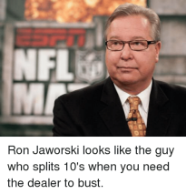 nflele-ron-jaworski-looks-like-the-guy-who-splits-10s-2065729