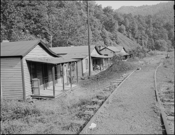 typical_house-_kingston_pocahontas_coal_company_exeter_mine_welch_mcdowell_county_west_virginia-_-_nara_-_540723